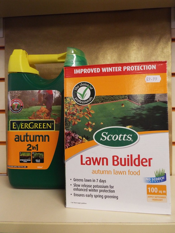Autumn lawncare at Kershaw's Garden Centre-2