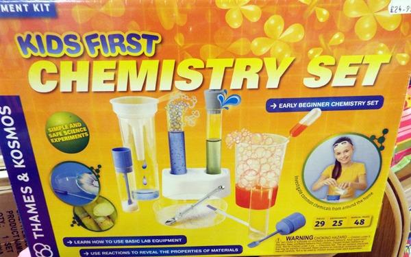 37 Chemistry Set at Kershaw's GC